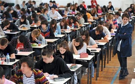 法国高考作文题出炉-经典英文歌曲推荐-流行英文歌曲