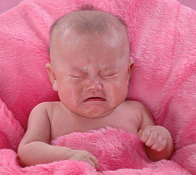 新生宝宝睡觉黑白颠倒怎么办?