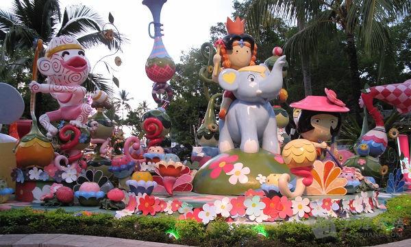 泰国幻多奇主题乐园