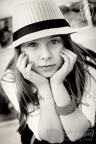 英语四级 美国达人秀12岁天赋少女Anna Graceman 完美演唱新作